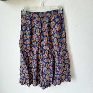 🎉VTG Liz sport paisley skirt midi petite